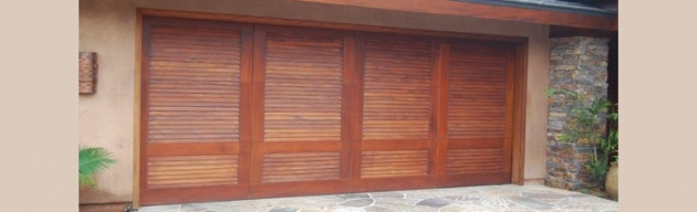 Spring Garage Doors and Gates Imagen